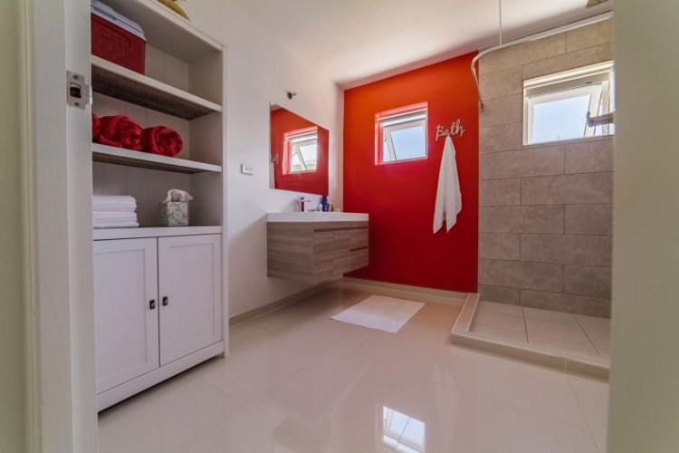 Aruba-Condo-For-Perfect-Bathroom